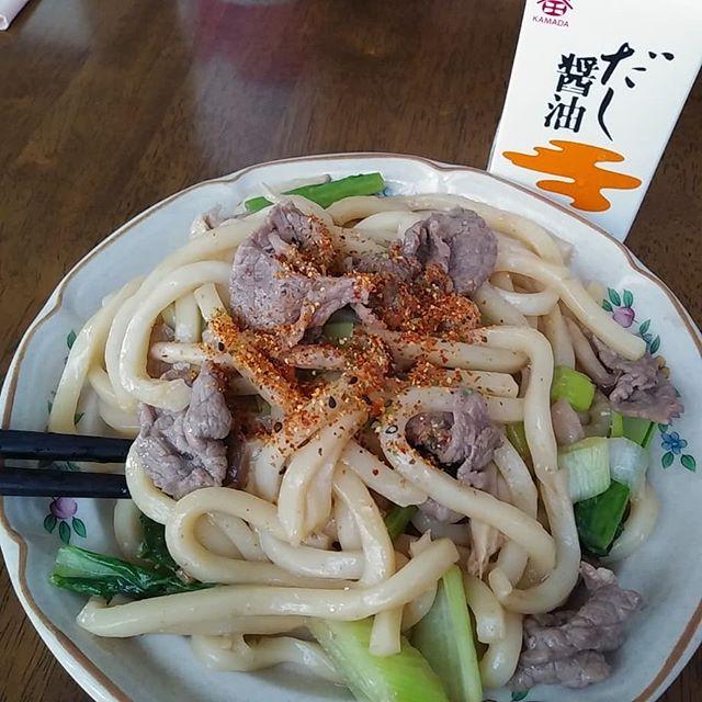 口コミ投稿:鎌田醤油のだし醤油💕紙パックでお馴染み鎌田のだし醤油。これ1つで味が決まるので炒…