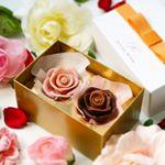 ハンター製菓のメサージュ・ド・ローズより季節限定の《SONIA DU COUPLE(ソニア・ドゥ・クプル)》をお試ししました✨✨ラズベリーのピンクの薔薇と3段階のグラデーションが楽しめるセピアの薔…のInstagram画像