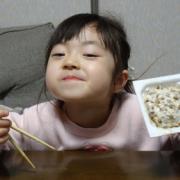「和食といったら納豆」創業100周年記念第1弾!【こどもの笑顔あふれるおいしい食卓風景】写真コンテストの投稿画像
