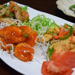 合食さんのお惣菜3種類!#エビのチリソース#白身魚のあま酸和え#さばの竜田揚げ黒酢和え・・そのままでも、レンチンでも。すぐに食べられて、しかも本格的な味💕揚げた春雨とフ…のInstagram画像