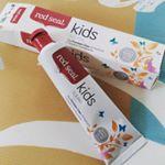 ニュージーランド生まれのキッズ用、歯磨き粉を使ってみた!NO! SLSNO!合成添加物NO!フッ素子供にはなるべく安心安全なものをと思うけど、情報量や選択肢が多過ぎるからなー。普通…のInstagram画像