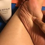 KJスタイル美脚ジェルを使ってマッサージしながら、美脚を目指すコンテストに参加中です💪🏻..今までは足の裏はそんなに意識してマッサージしていなかったのですが、しっかりと足の裏からリンパを流…のInstagram画像