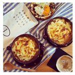 暑い日にあつあつカレーグラタンとビール🍺❤︎ 長崎 五島産の鯛でとった出汁を使用したレトルトカレーを使いました✨もちろんそのままカレーとして食べてもピリ辛で美味しいです😋....…のInstagram画像