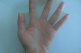 ♪シャルレの透明感となめらかさで肌を美しく見せるきれいな透け感パンスト!の画像(2枚目)