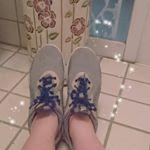 *[#靴 ]*..最近ずっと愛用している#スニーカー 👟#adidas の#alpha シリーズ⭐はき心地が良いし、長時間はいていても疲れないんです…♥紐は、#COOLKNOT…のInstagram画像