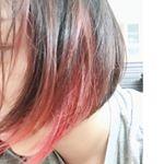 クイスクイスデビルズトリックで染めてみたよ~!💓.キャンディピンクにしてみました(Ü)۶.髪の毛痛まないのにこんな発色いい髪色になるなんて魅力的😌.乾いた髪に塗るだけだし、5分待つだけ…のInstagram画像