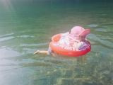 「泳ぐ練習用浮き輪「スイムトレーナー」で遊んだよ!」の画像(7枚目)