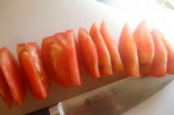 「熟れ熟れトマトも一刀両断(^ω^)【堺の刃物屋さんこかじ SAKAI OWL イノックス 三徳】」の画像(9枚目)