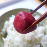 「【海の精】紅玉梅干 ちゃんと酸っぱい梅干し」の画像(1枚目)