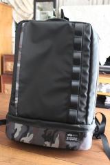 ★★★ 通勤・通学、旅行にも!ALPHAコラボの便利な2層式収納バックパック ★★★の画像(4枚目)