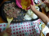 「【あのお店の味!】安い肉で大満足のステーキライス!3人息子が作りました!」の画像(9枚目)