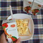 デルモンテのHACO SALAD(ハコサラダ)のモニターに当選させていただきました😆💕早速朝食にプラスしてみました🎶1本(200ml)に350g分の野菜を使用していて、隠し味にグレープフルーツ…のInstagram画像