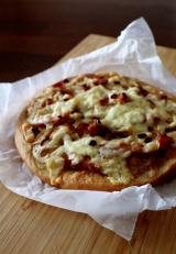 上質なベーコンで・・蓮根醤油ピザ&にゃ♪の画像(1枚目)