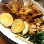 煮豚つくった🍳肉!勝手においしくなってくれるから煮物は好きです。(風邪気味でも作れた〜)どうでもいいけどこの煮豚のタレに漬けた煮卵めちゃおいしいよ🍳#コスモ食品 #煮豚のたれ #簡単調理 …のInstagram画像