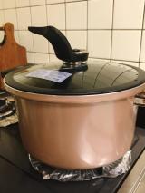 ビストーニ真空煮込み鍋の画像(2枚目)