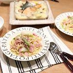 今日の#晩ご飯#カルボナーラ →ベーコン、玉ねぎ、アスパラ、ピエトロの和えるだけのカルボナーラ#鮭と野菜のクリーム煮 →鮭、玉ねぎ、キャベツ、じゃがいも、しめじでした(^^)*晩ご…のInstagram画像