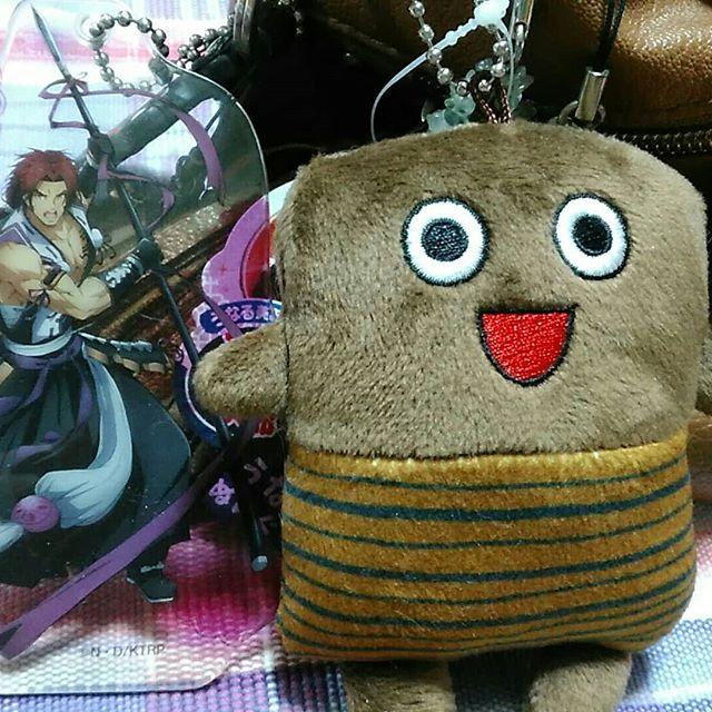 口コミ投稿:いつも使っているバッグのストラップコレクションにうな次郎くんが加入しました😉近侍…