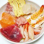 先日の、五島産鯛の出汁入りレトルトカレーでアレンジレシピ🎶なんにでもあうカレーはカレーソースとして使って色んなアレンジが楽しめます(∩´∀`∩)💕 ❤カレー飯の海鮮丼❤まず、なんに…のInstagram画像