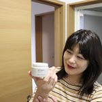 #dearmayuko  のハンドクリーム良い香りで癒されるだけでなくしっとり感がずっと続くのにベタつかないハンドクリーム。ケースが工夫されていてハンドクリームを塗った手で…のInstagram画像