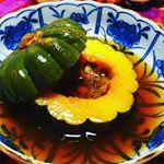 #本日  #我が家  #homeparty  20人以上の  #お客様  #ただいま  #料理  してます#halloween  なので  #かぼちゃ  まるごと  #煮物 #まるごとキューブ…のInstagram画像