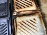 「一度に食パン4枚プレスできる!グリルdeクック ホットサンドパン」の画像(6枚目)