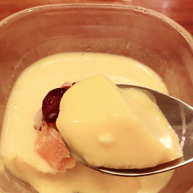 口コミ投稿:.ミックス粉と、牛乳と水を混ぜて、冷やすだけで美味しいマンゴープリンができました…
