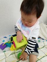 0歳から遊べる知育玩具♡Fat Brain オームビーキューブの画像(5枚目)
