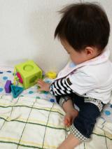 0歳から遊べる知育玩具♡Fat Brain オームビーキューブの画像(4枚目)