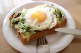 トースト朝食とさつまいもプリンの画像(3枚目)