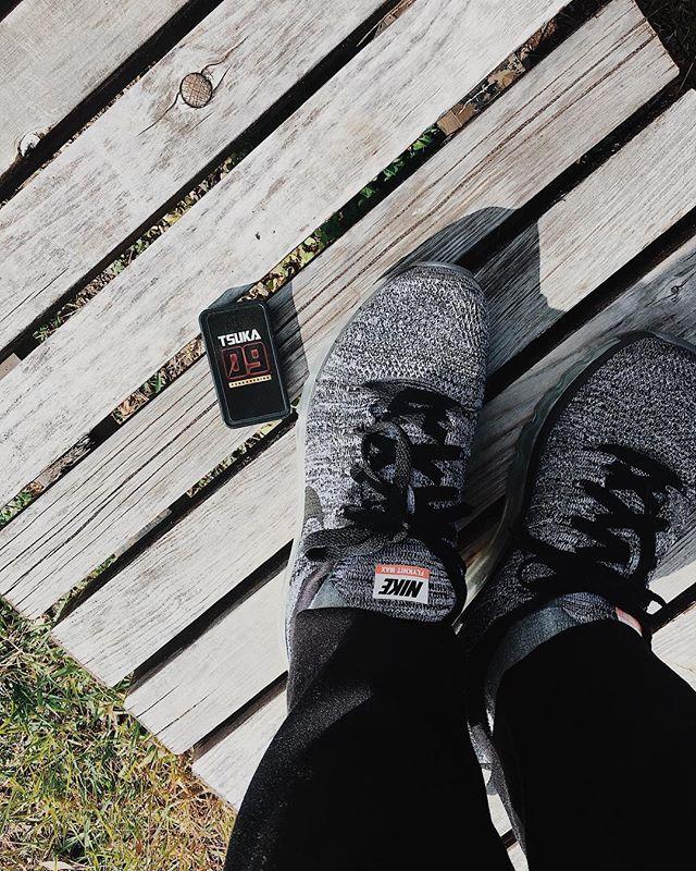 口コミ投稿:------------------------------------.晴れた日は公園を歩いて、健康器具?遊具?を…