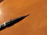 「ウォータープルーフで描きやすい~お気に入りリキッドアイライナー」の画像(3枚目)