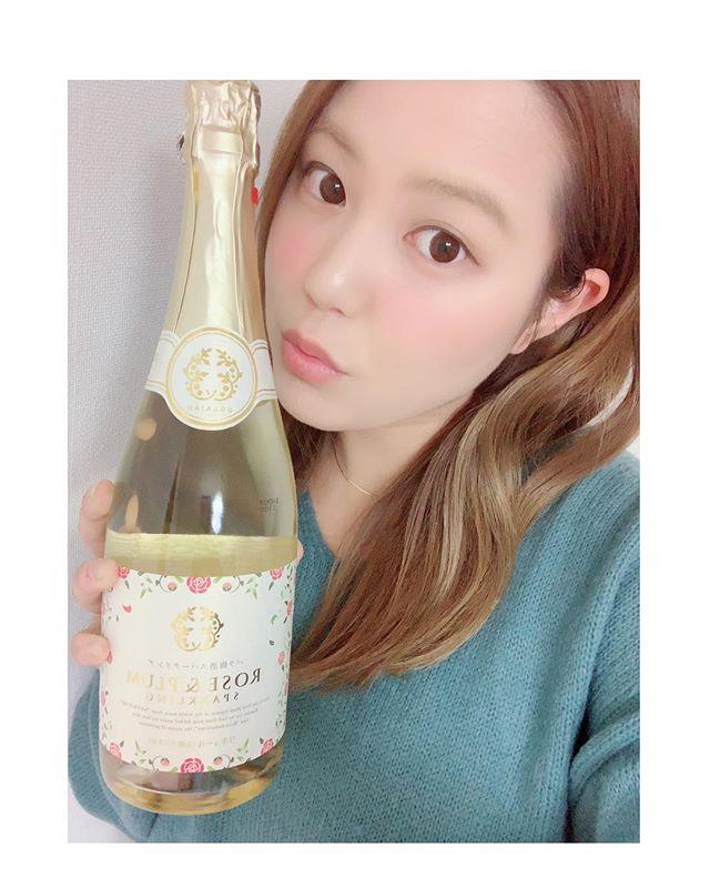 口コミ投稿:梅×バラ×白ワインのバラ梅酒スパークリング🌹🍸梅酒がスパークリングで本当に飲みやす…