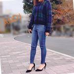 #ANDJ の 中空糸ハイウエストスキニーデニムパンツでコーデしてみました💓.わたしが履いたのはユーズドブルーのMサイズ✨短めのニットトップスにぴったり合う!.軽くて柔らかい履き心…のInstagram画像
