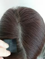 分け目や生え際の白髪にサッとひと塗り!Hena クイックカバー ヘアファンデの画像(11枚目)
