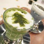 原宿の「FABIUS café」に行ってきました。すっきりフルーツ青汁などが有名なFABIUS 。FABIUS caféでは、FABIUS商品のこだわり抜いた成分を美のオリジナルレシピで楽…のInstagram画像