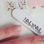 @nailsnail_official_jpNAIL`sNAIL ジェルネイルストリップをお試ししました。 *本格的ジェルネイルがシールに。ぷっくりとなっていて可愛くおしゃれな手元に。* シ…のInstagram画像