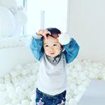 最近ヘビロテしてるトップスが @tokyo_by_artpeanuts のもの👕シンプルなんだけど、ボリュームのある袖が可愛い❤️グレー×デニムなのも合わせやすくてお気に入りです☺️西新井…のInstagram画像