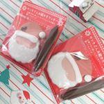 ・・アートキャンディさんのお絵かきクッキーを使ってみました💓アイシングクッキーと固まらないチョコペンがついていて、サンタさんのお顔を自分でかけるというものです🎅💓 3歳の息子は大喜…のInstagram画像