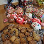ママ友たちとクリスマス会を💕お菓子、プレゼントにおにぎりをつくって持ち寄りしました🎶楽しい会だったなぁ🎄🎅🎁✨ #クリスマス#ペコポコクリスマス2018#ECナビ#クイジナートクリスマス #ク…のInstagram画像