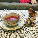今日の午後のお茶は、#ローズハーブティー 🌹良い香りで、癒されます💖#心理士 #love #thankyou #カメラマンさんと繋がりたい #華の40代 🌸 #応援してね #感謝 #写真好きな…のInstagram画像