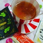 普段、ルイボスティーだから癖のあるお茶も平気だけど、紅茶?お茶?うーん、なんとも微妙なお味。デトックス効果もあるらしいが続けないと意味がないけど、三日坊主のうちには無理!当選したモニター放置しまくりで…のInstagram画像