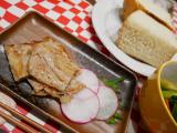 豚肉のカリカリ焼き、梅しそ風味の画像(6枚目)