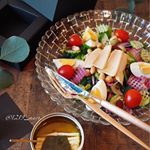 ・・・・We made a salad with canned can of 5000 yen per can・・こんにちは・・モンマルシェ様の1缶5000…のInstagram画像
