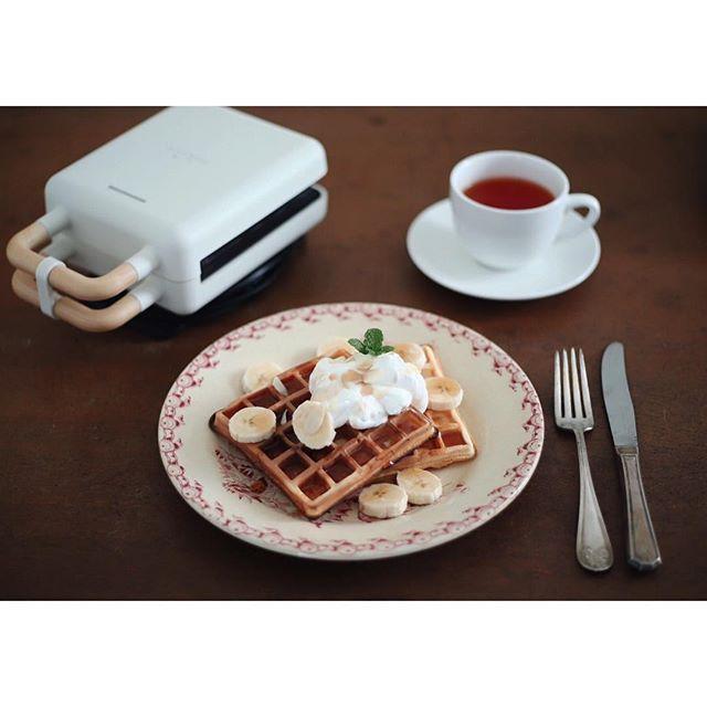 口コミ投稿:waffles for breakfast!ホットサンドとワッフルが焼けるものをいただいたのでさっそ…