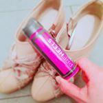 .靴ずれ防止は絆創膏するしかないと思ってました!スプレーとか画期的!✨スプレー吹きかけるだけで楽チンだし見た目も全然変わらないのですごくいいです!容器がピンクで可愛い😍🌸#プレ…のInstagram画像