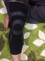 膝サポーターの画像(1枚目)