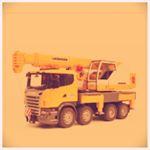 #ブルーダー #bruder #はたらくくるま #おもちゃ #玩具 #知育玩具 #精巧なおもちゃ #monipla #jobinternational_fanのInstagram画像