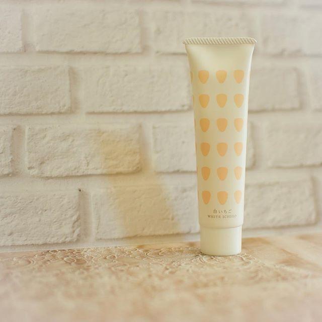 口コミ投稿:このハンドクリーム全然ベタつかなくてとてもサラッとしていてとても良き😍👌.高保湿な…