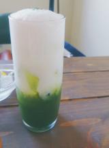 【カフェ ハンモック】期間限定ドリンクメニュー♪抹茶オレの画像(2枚目)