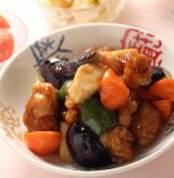 「「エビチリソース」「たまごとねぎのチャーハン」「白菜の甘酢漬け」「鶏と野菜の黒酢あん」他」の画像(6枚目)